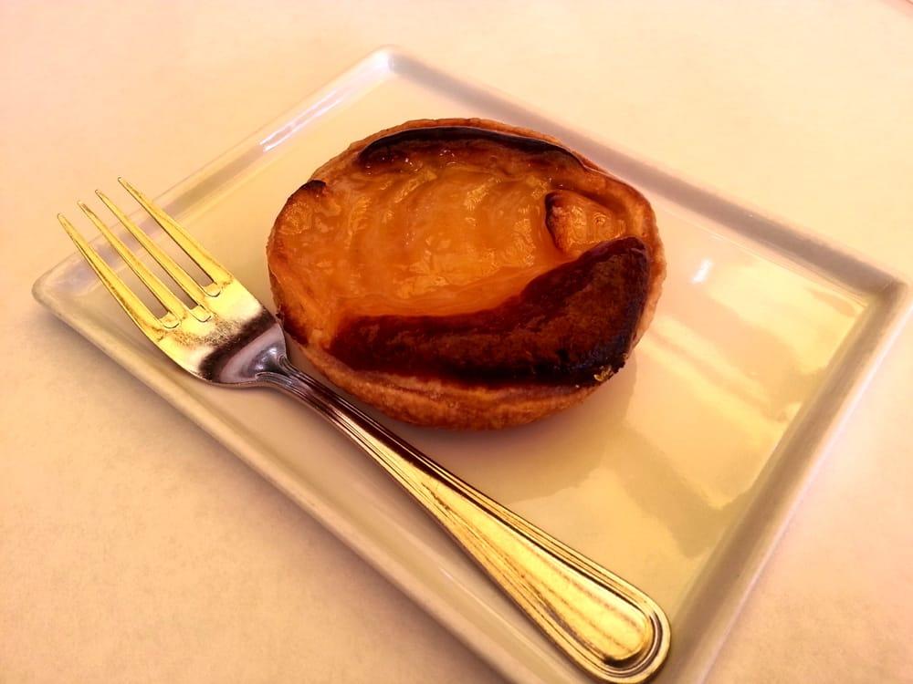 Maison richard restaurant caf french bakery closed for Maison richard