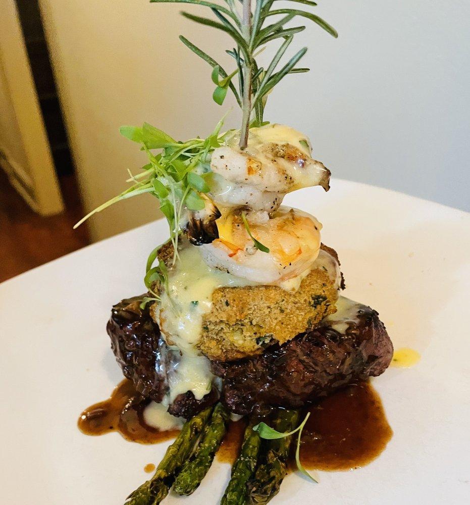 Marcello's Restaurant & Wine Bar: 324 E Boston St, Covington, LA