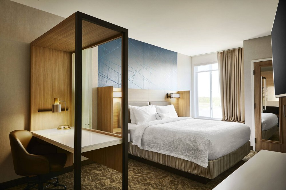 SpringHill Suites by Marriott Springfield North: 2025 East Kerr Street, Springfield, MO