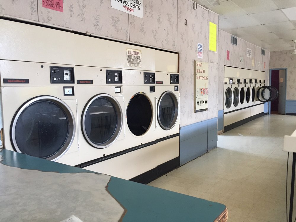 Vinson Coin Operated Laundry - 875 Butternut, Abilene, TX