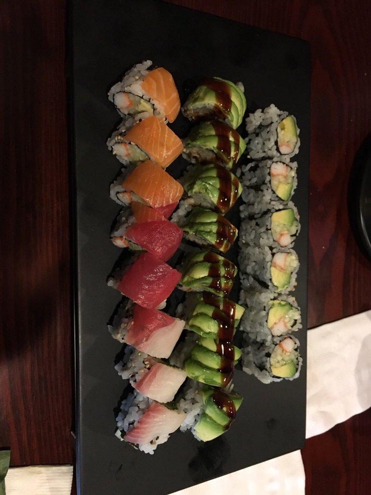 AJ'S Sushi & Cajun Seafood: 8 N Airmont Rd, Suffern, NY