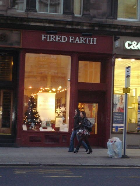 Fired earth home decor 79 st vincent street city for Home decor zone glasgow