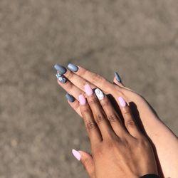 Diva Nails & Spa In