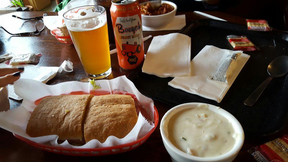 The Acoustic Cafe: 102 Main St W, Menomonie, WI