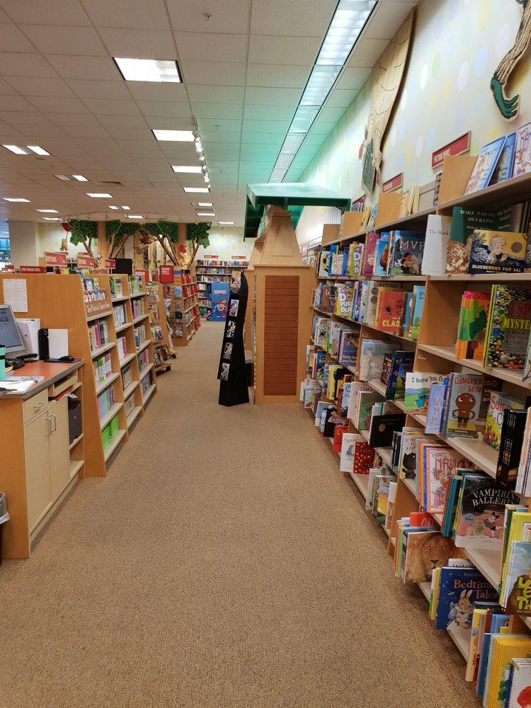 barnes \u0026 noble 10 reviews bookstores 3346 reed st, myrtle
