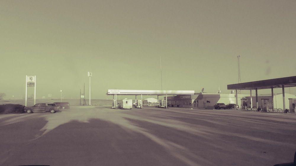 Dudley's Corner: 648 Highway 3, Latimer, IA