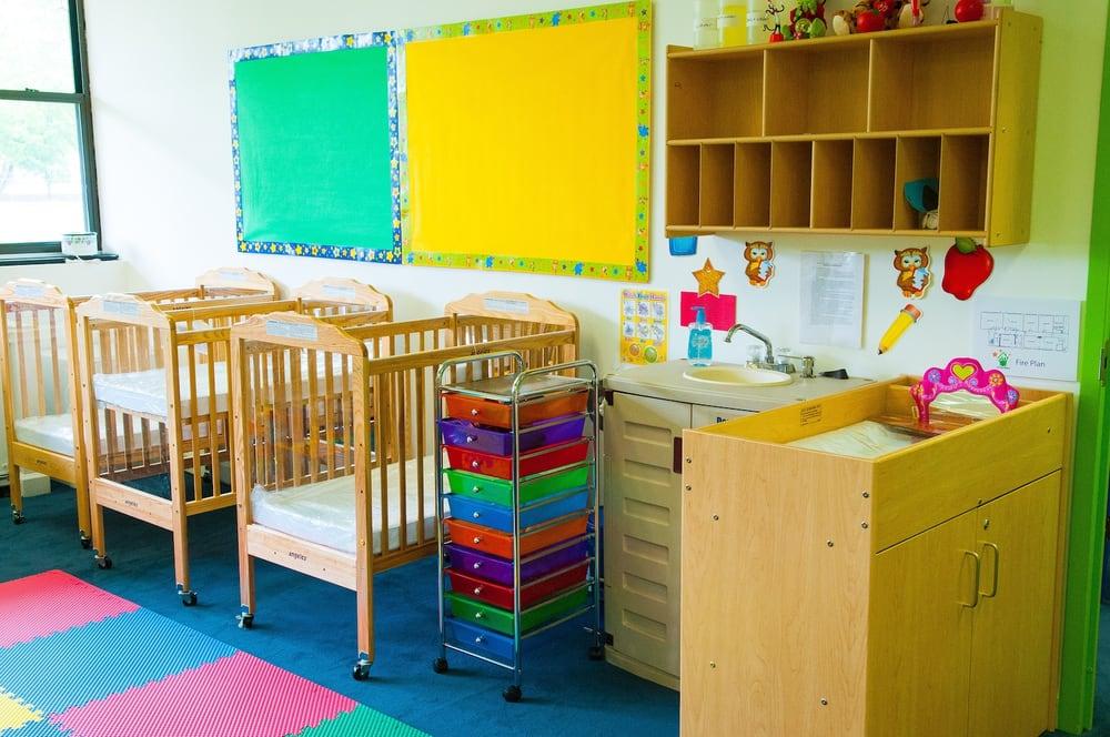 little stars child development center scuole materne e. Black Bedroom Furniture Sets. Home Design Ideas