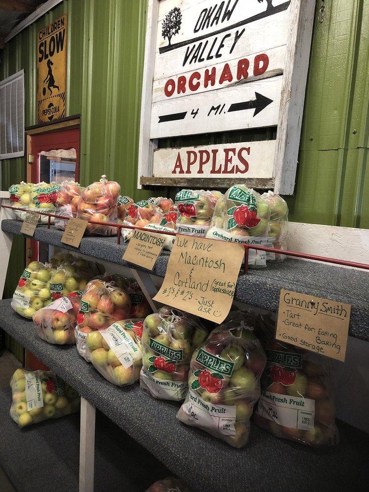 Okaw Valley Orchard: 724 Cr Rd 1750n, Sullivan, IL