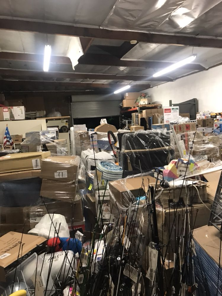 Chito's Store Liquidations - Customized Merchandise - 8734 Cleta St