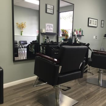 Ez Cut 33 Photos 133 Reviews Hair Salons 710 E Colorado St