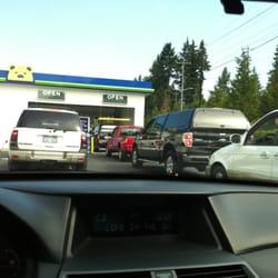 Brown Bear Car Wash Aurora Seattle