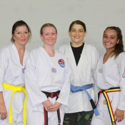 What phrase..., Ls women who know martial arts excited