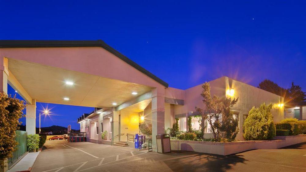 Best Western Prescottonian: 1317 E Gurley St, Prescott, AZ