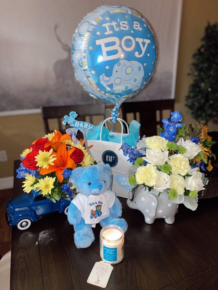 Bonita Flowers & Gifts: 610 N 10th St, Mcallen, TX
