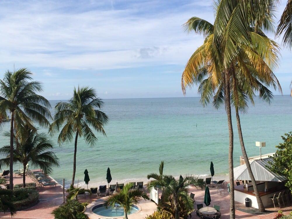 Coconut beach resort 19 photos 11 reviews resorts for Key west retreat