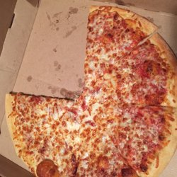 Yelp Reviews for Little Caesars - 29 Reviews - (New) Pizza - 11870