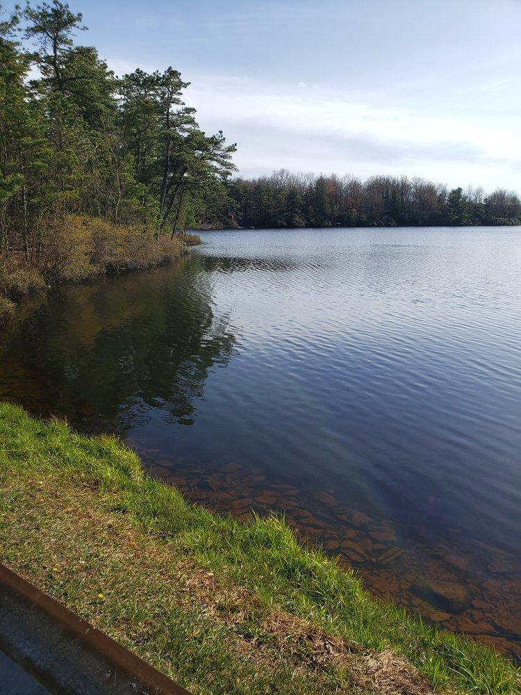 Emerald Lakes Assoc: 159 Cedar Dr, Long Pond, PA