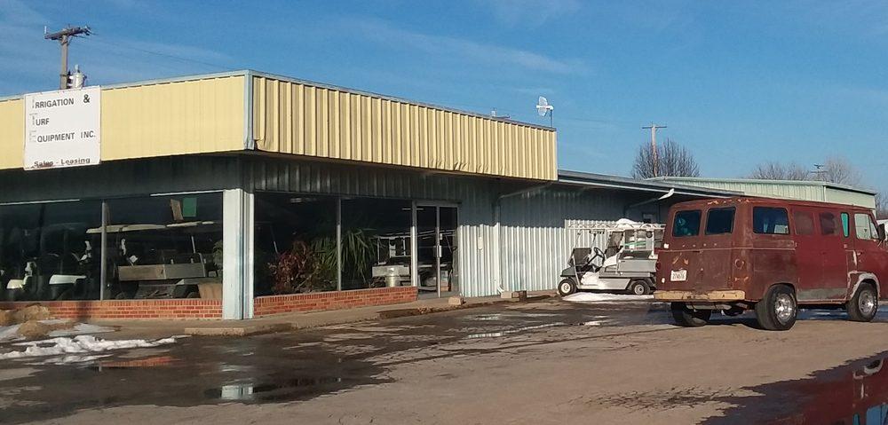 Irrigation & Turf Equipment Inc: 2725 N State St, Iola, KS