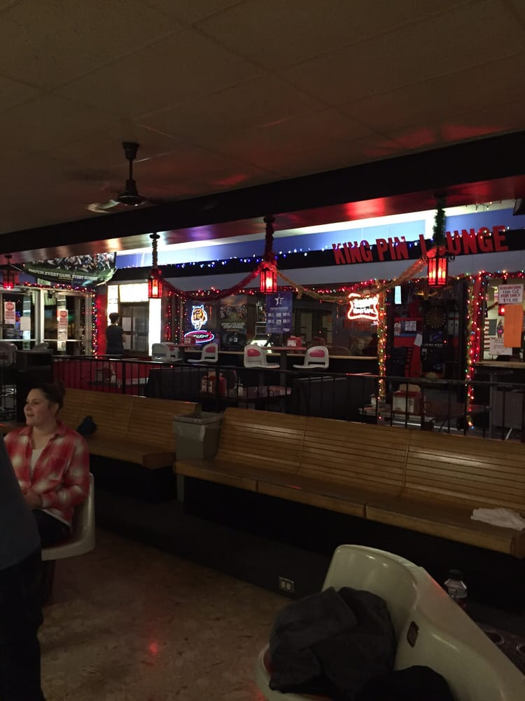 Tough Guy Bowling Lanes: 403 E Lewis St, Pocatello, ID