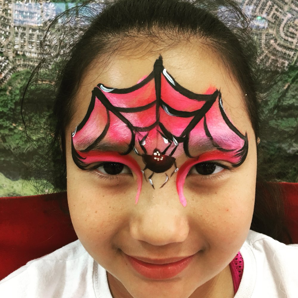 Photos For Oahu Face Painting Balloon Twisting Yelp