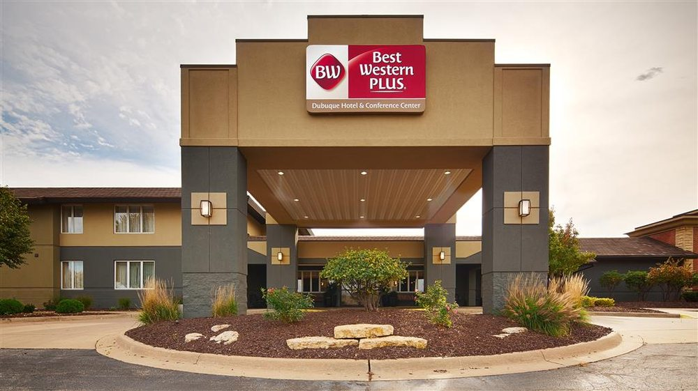 Best Western Plus Dubuque Hotel & Conference Center: 3100 Dodge St Hwy W, Dubuque, IA