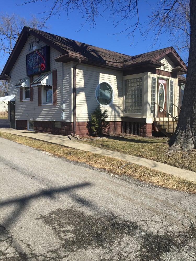 Bill Bradley Massage Therapy: 1311 E Duryea Ave, Peoria Heights, IL