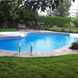 Piscines fontaine 22 photos pool hot tub services for Club piscine boucherville telephone