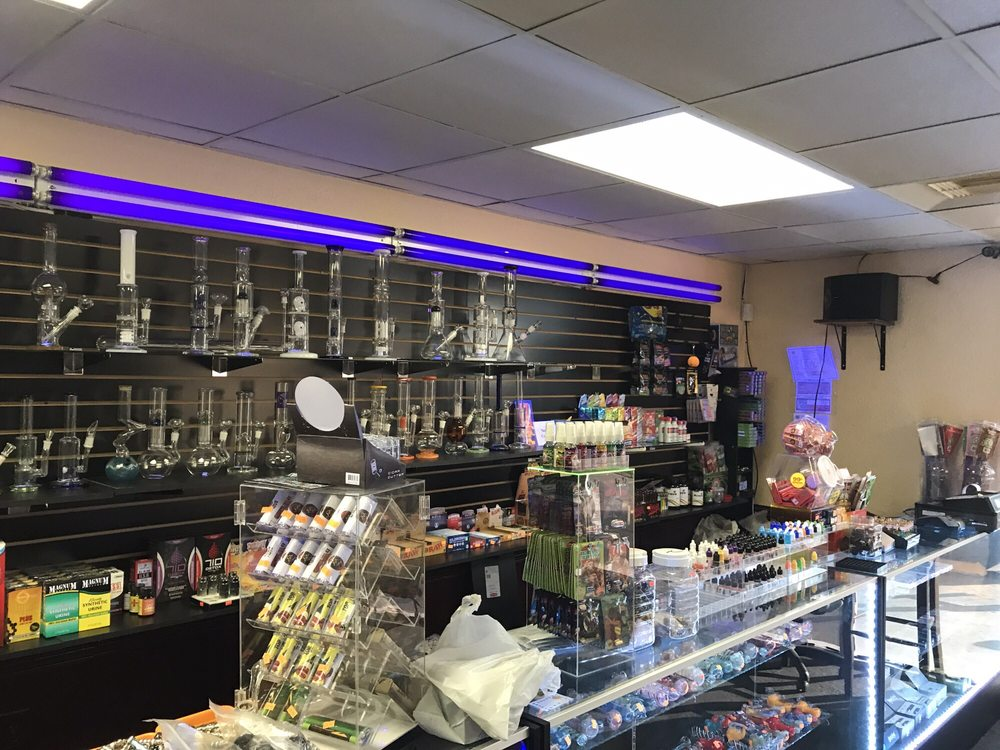 Smooth Smoke Shop: 913 Crabb River Rd, Richmond, TX