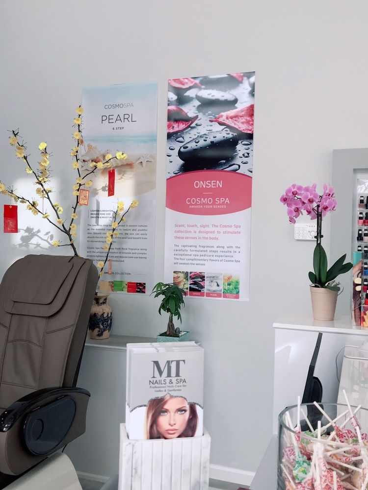 Mt Nails And Spa: 306 W Broadway St, Fortville, IN