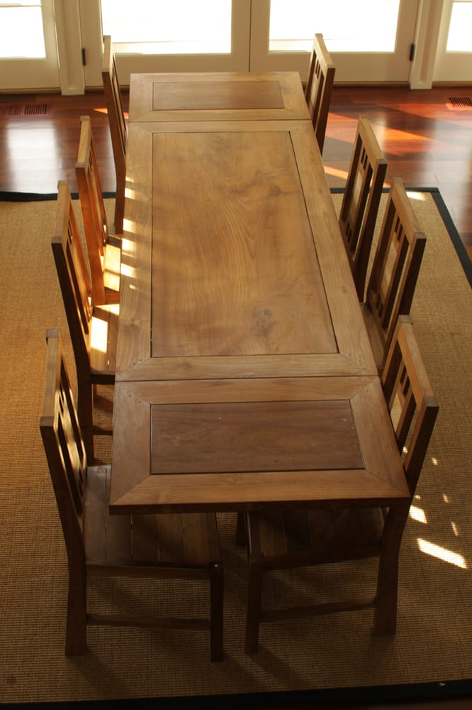 Table salle manger et chaises yelp for Salle a manger yelp