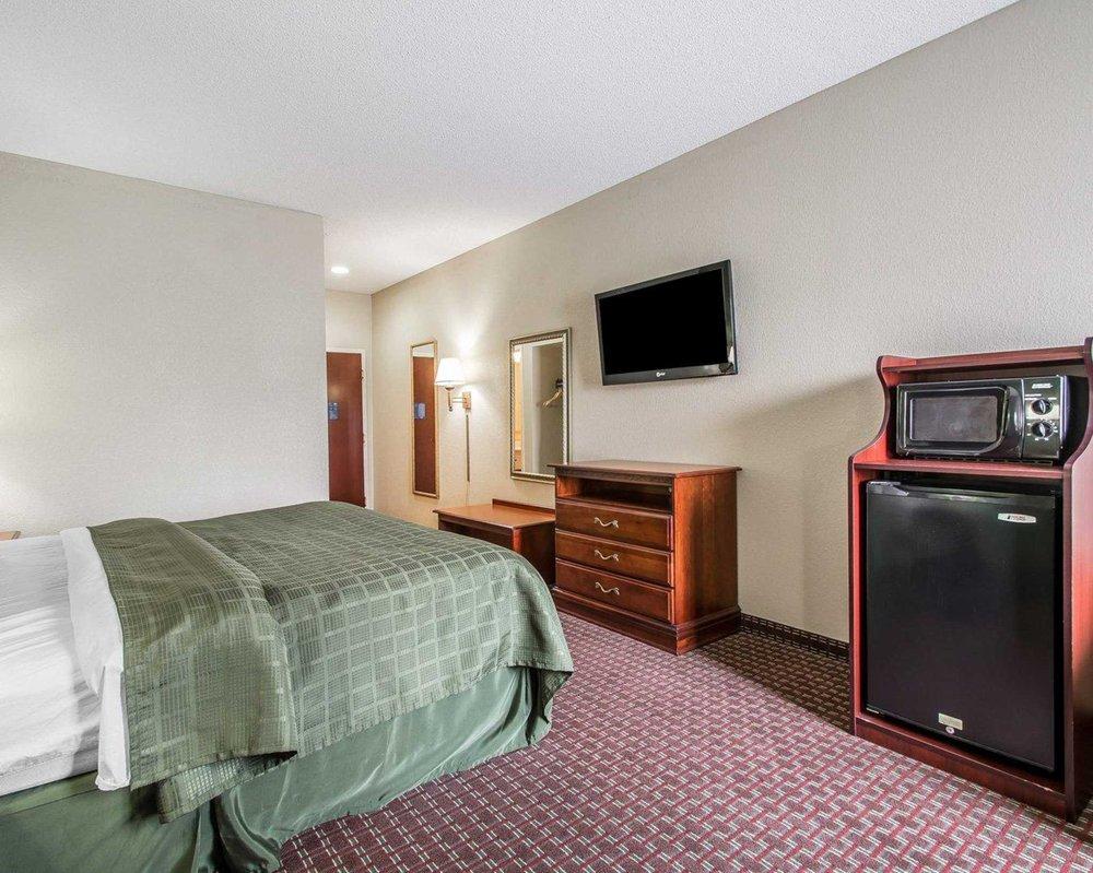 Quality Inn & Suites: 570 North Park Drive, Thomasville, AL
