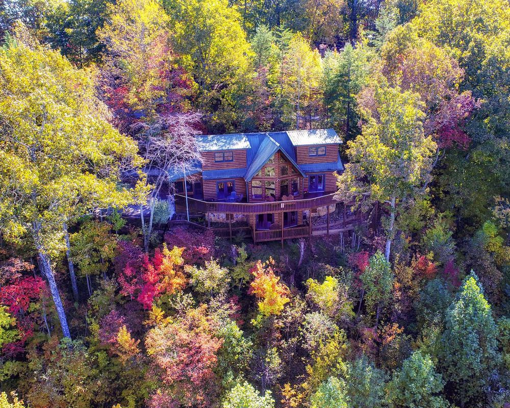 Above the Rest Luxury Cabins: 1662 My Mountain Rd, Blue Ridge, GA