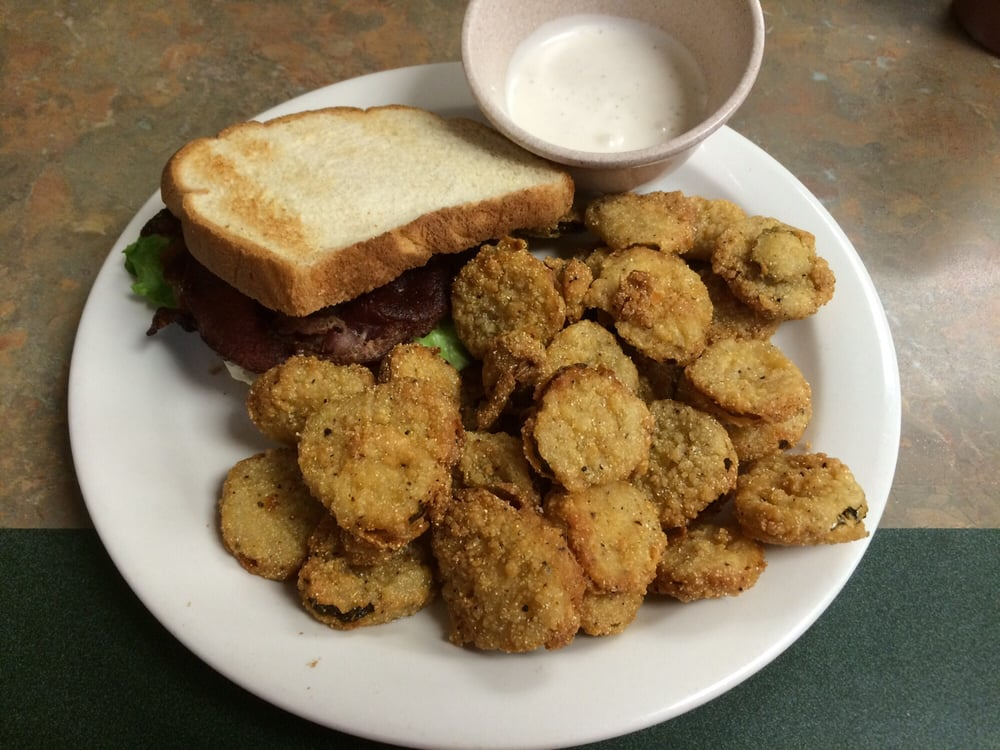 Kelly Rae's Country Cafe: 10130 Hwy 54, Whitesville, KY