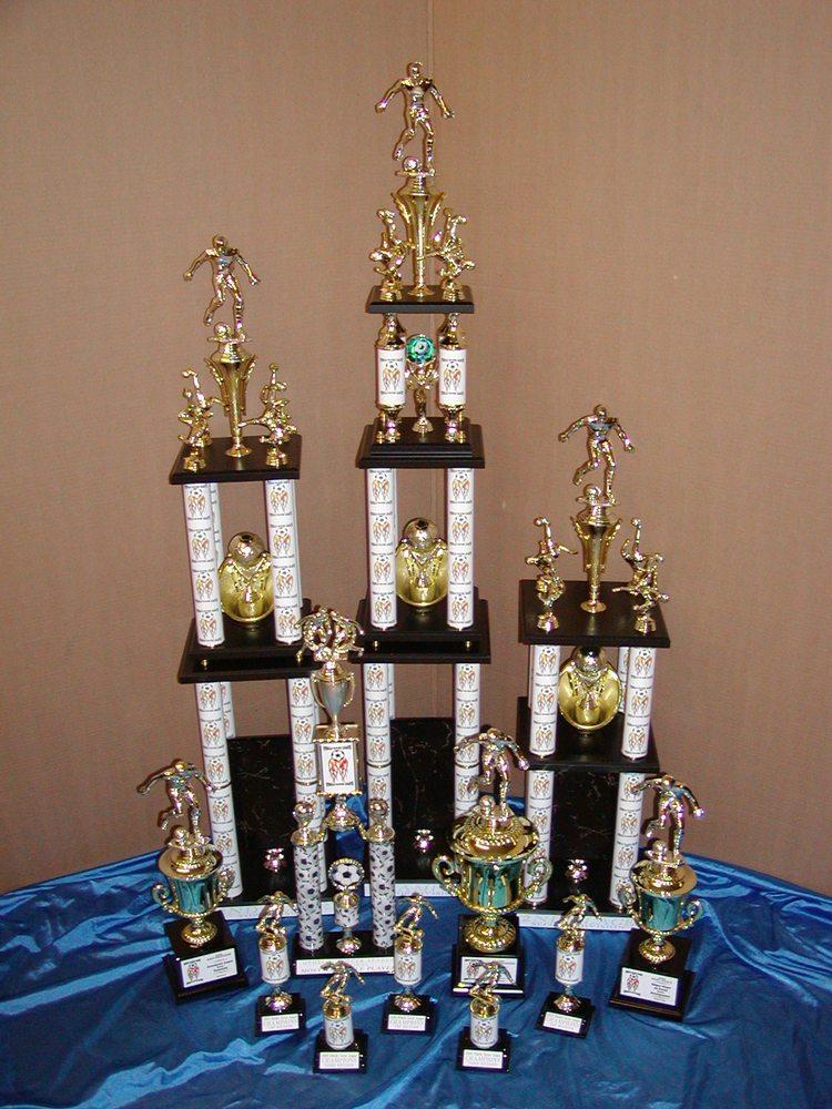 Sandy's Trophies: 800 W Lewis St, Pasco, WA