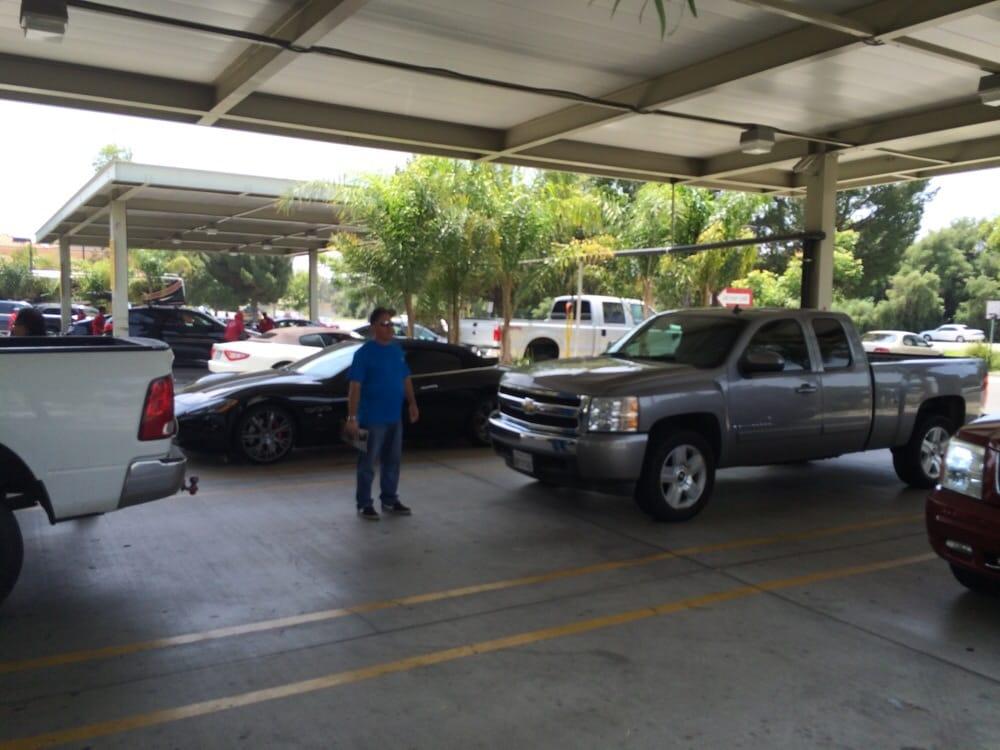 Soapy Suds Car Wash Valencia