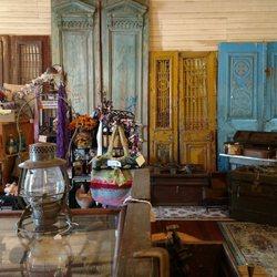 Mcintosh Village Antiques