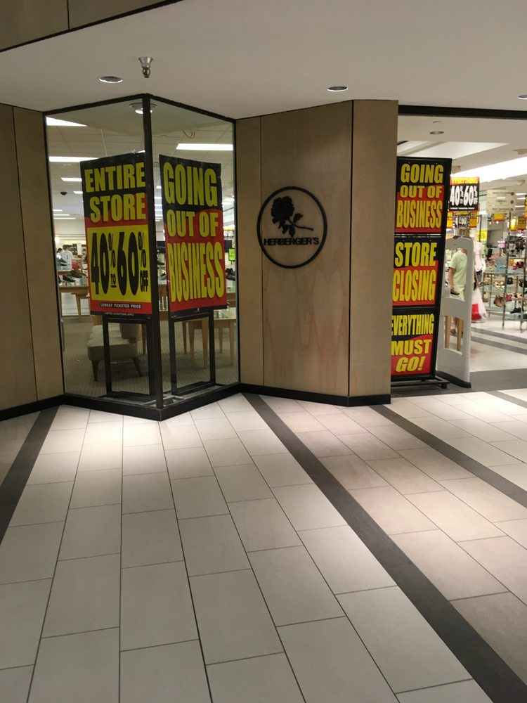 Herberger's: 641 Kirkwood Mall, Bismarck, ND