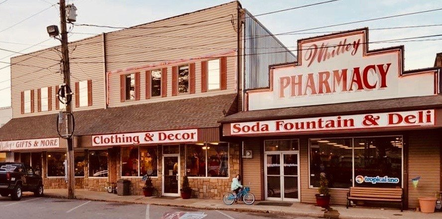 Whitley Pharmacy: 101 W 8th St, Cassville, MO