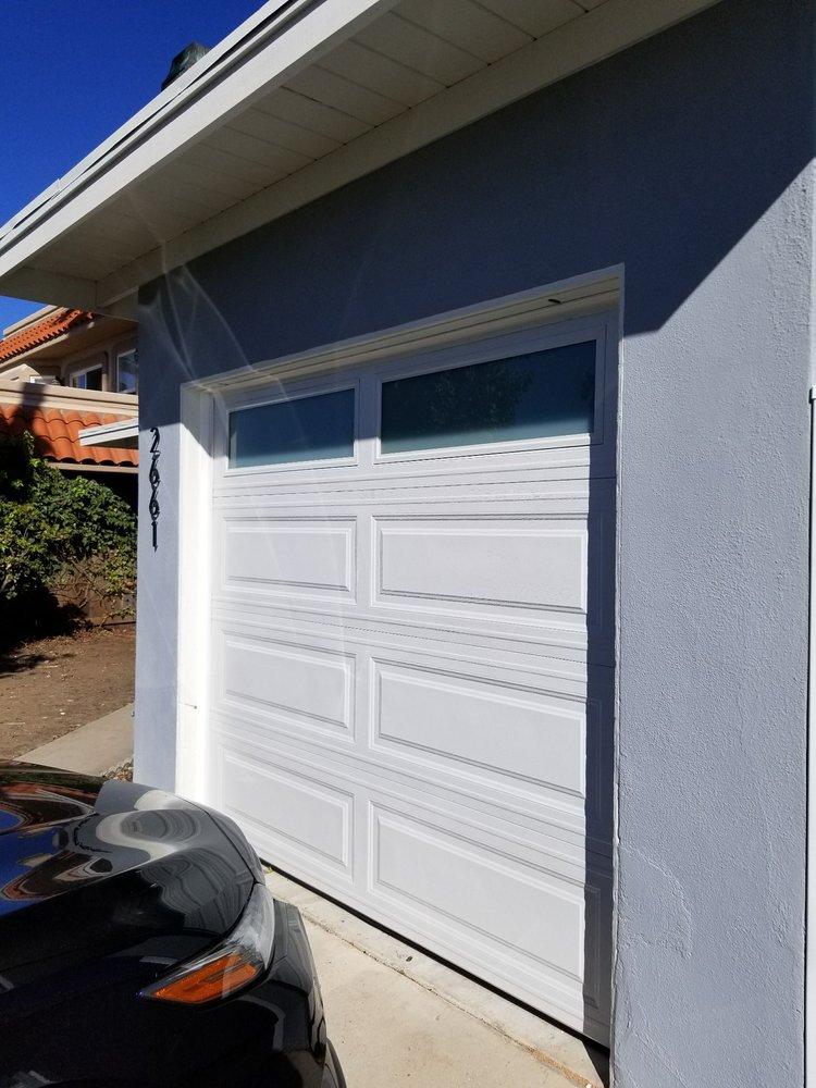 Cal Western Overhead Garage Doors 55 Reviews Garage Door
