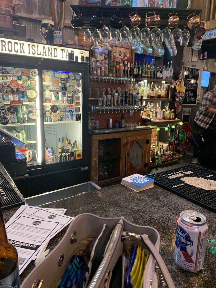 Rock Island Tap: 206 Rock Island Ave, Oskaloosa, IA
