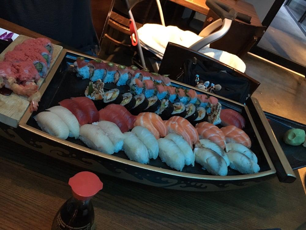 Baby Blue Sushi Sake Grill: 16939 Wright Plz, Omaha, NE