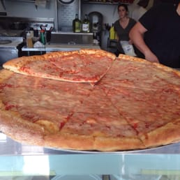 Crust - Cleveland, OH, United States. Cheese pizza