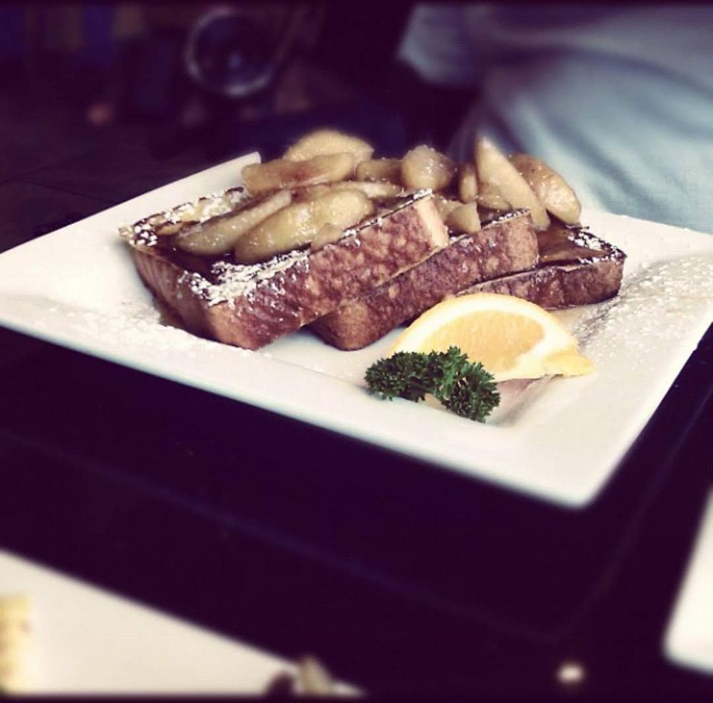Keke's Breakfast Cafe: 13121 N Dale Mabry Hwy, Tampa, FL