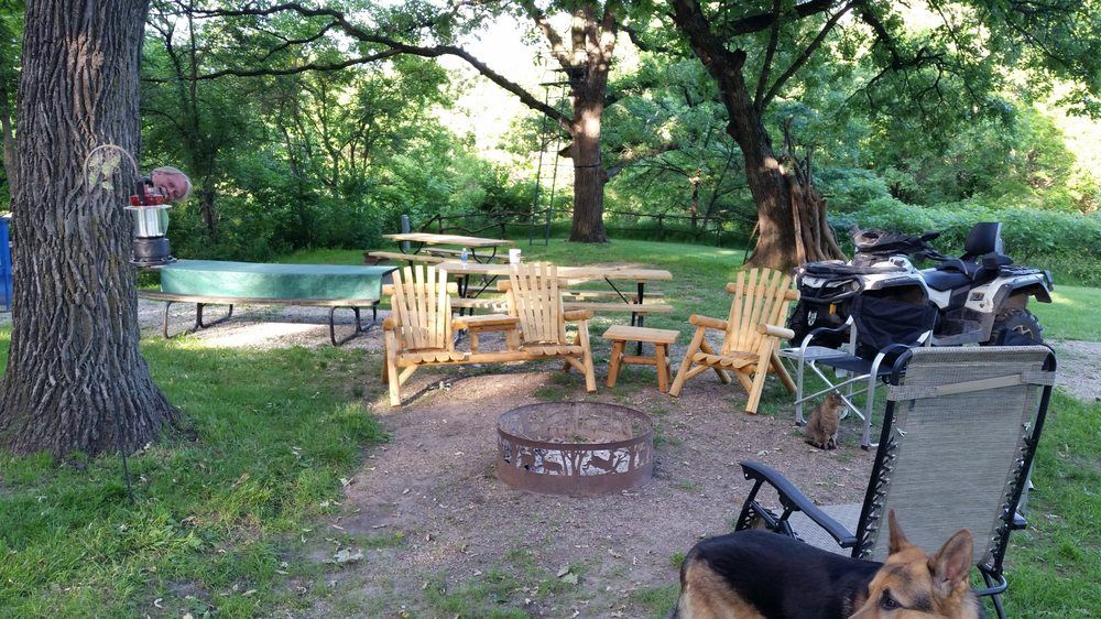 Shady Brook Camping And Rv Adventures: 36026 Jewell Ct, Earlham, IA