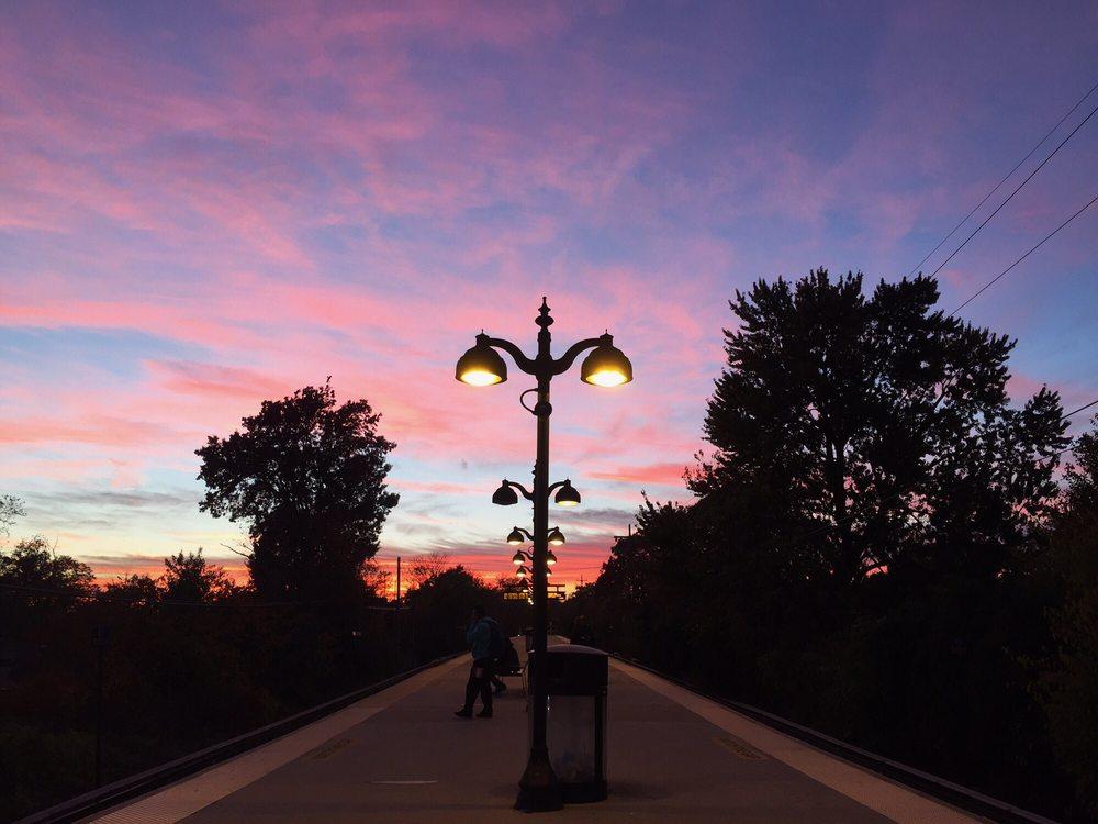 LIRR Auburndale Station: 39-15 192nd St, Flushing, NY