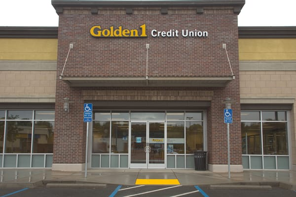 Golden 1 Credit Union 772 Ikea Ct West Sacramento Ca Banks Mapquest