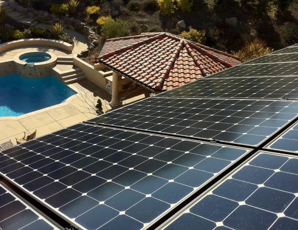 8kw S Of Sunpower Solar Panels Overlooking The Pool In