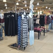 64434f36827 Discovery Clothing - Women s Clothing - 238 Commons Dr