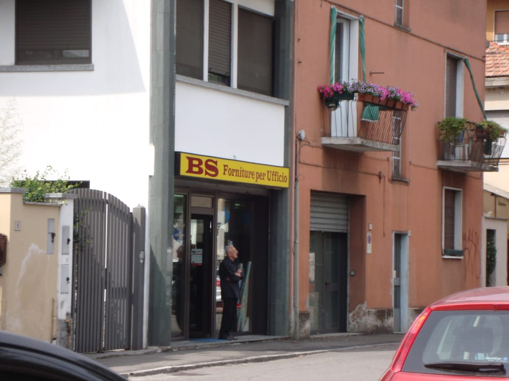 Bs forniture per ufficio forniture d 39 ufficio via for Forniture per ufficio