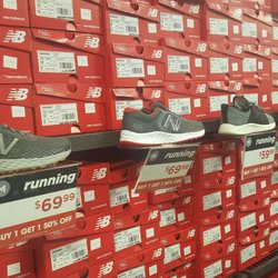 New Balance Factory 24 Photos 11 Reviews Outlet S 4955 International Drive I Orlando Fl Phone Number